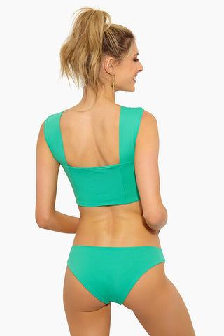 L SPACE Sandy Hipster Bikini Bottom - Spearmint Bikini Bottom | Spearmint| L Space Sandy Hipster Bikini Bottom - Spearmint Hipster fit bottom Seamless construction Moderate/classic coverage 80% nylon, 20% spandex Made in the USA Like all delicates, shape, color, and fit are best preserved if hand washed in cold water. Lay flat to dry. Back View