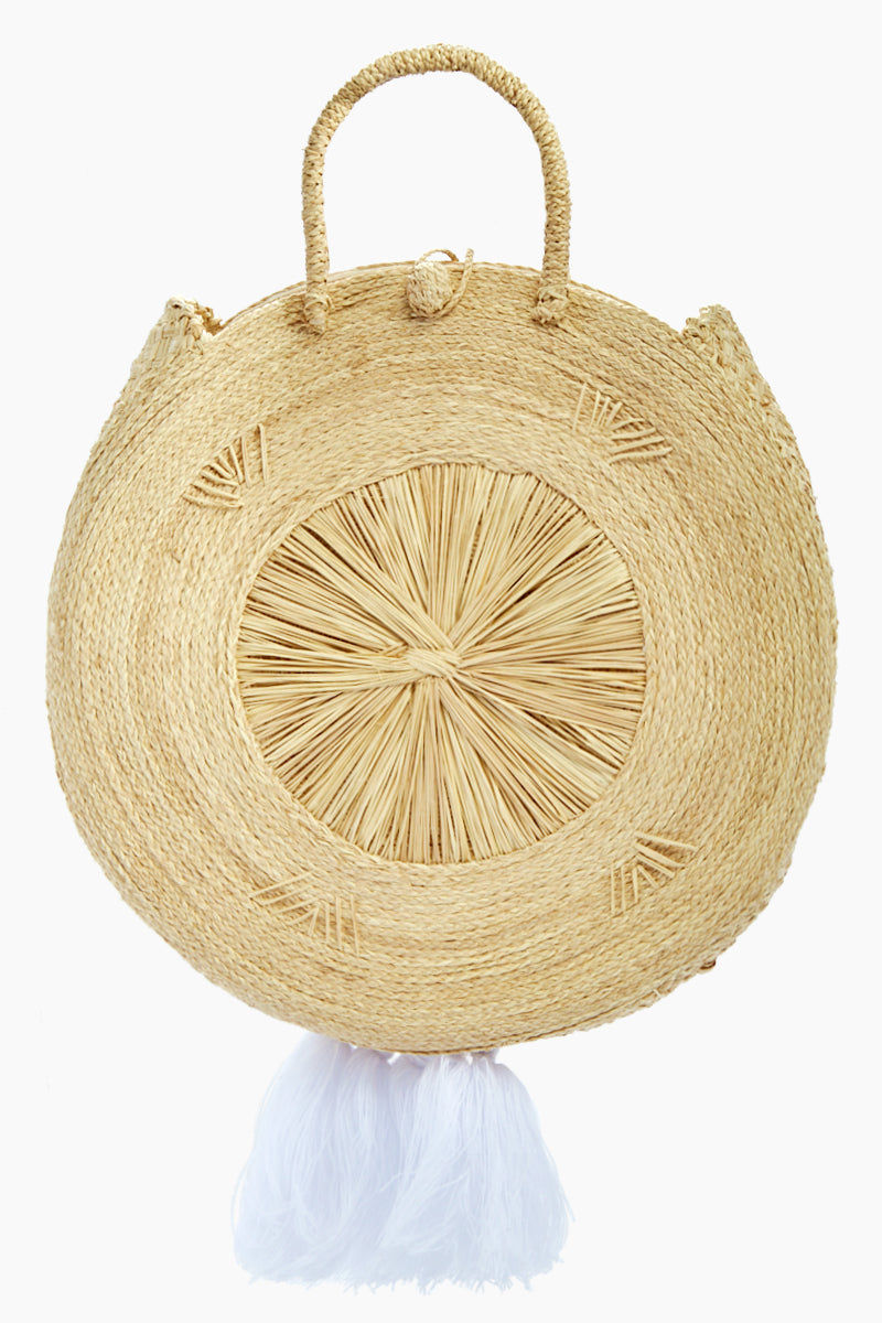 KA'IMIMA Macondo Grand Bag - White Tassels Bag | White Tassels|Ka'imima Macondo Grand Bag - Handmade crossbody with natural iraca palm Featuring woven clasp closure White Cotton and silk tassels Lined interior  Made in Colombia