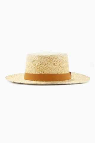 KAYU Palenque Straw Boater Hat - Natural/Tan Hat | Natural/Tan| Kayu Palenque Hat - Natural Classic Boater hat Made of Toquilla straw and features a leather band Handcrafted by skilled artisans in Ecuador Size Guide:   56-57 cm with adjustable band One size fits most  Side View