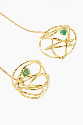 FENOMENA Chaos Long Necklace - Gold Jewelry | Gold| Chaos Long Necklace - Gold Long Gold Necklace Gold Wired Ball With Emerald Stone Detail Close View