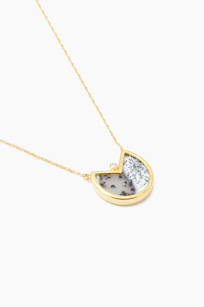 """CARRIE ELIZABETH 14K Gold Vermeil Dendrite Pendant - Gold/ Dendrite Jewelry   Gold/ Dendrite  Carrie Elizabeth 14K Gold Vermeil Dendrite Pendant - Gold/ Dendrite Translucent stone detail Single cut white diamond totaling 0.4carats Gold chain measures 16"""", with a 2"""" extender chain  Handmade in India Side View"""