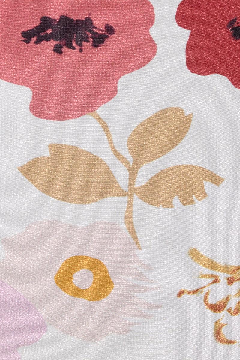 CLUBE BOSSA Loubet Bralette Bikini Top - Pepper La Beija Floral Print Bikini Top | Pepper La Beija Floral Print| Clube Bossa Loubet Bralette Bikini Top - Pepper La Beija Floral Print. Features:  Thin spaghetti straps Bralette style Floral print Front View