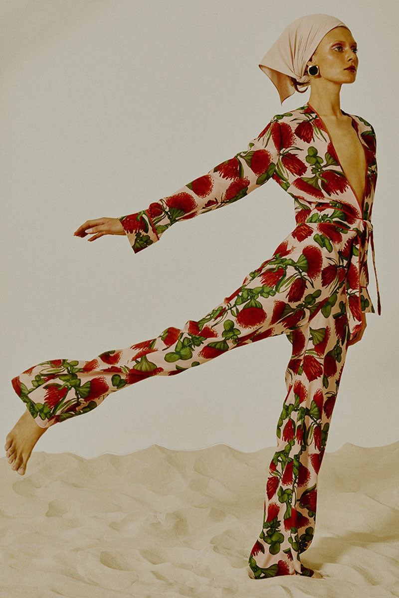 ADRIANA DEGREAS Silk Crepe De Chine Knot Detail Jumpsuit - Fiore Rose Print Jumpsuit | Fiore Rose Print|Adriana Degreas Silk Crepe De Chine Knot Detail Jumpsuit - Fiore Rose Print  Long sleeve jumpsuit Plunging neckline  Front tie detail  Wide leg pants Front View