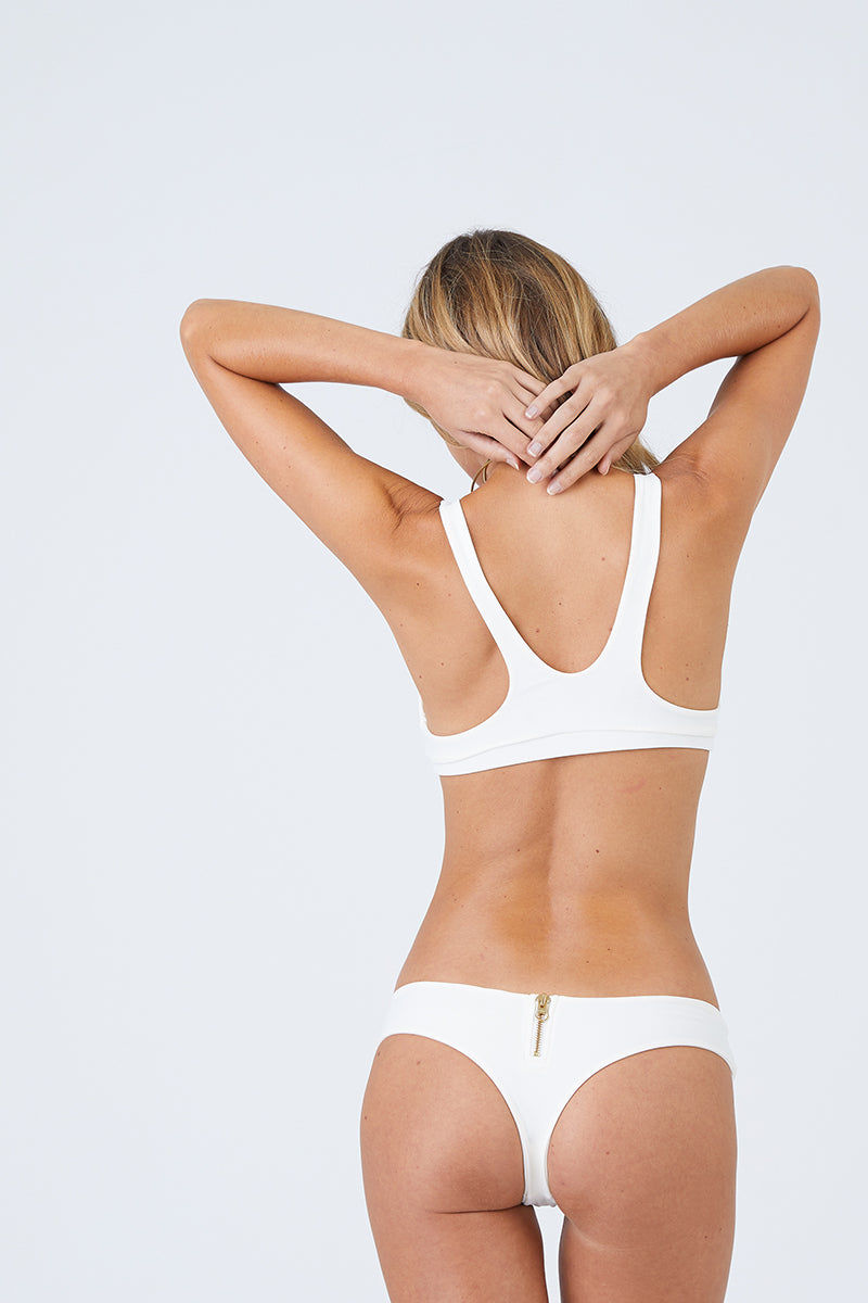 BEACH BUNNY Zoey Bralette Bikini Top - Ivory Bikini Top | Ivory| Beach Bunny Zoey Bralette Bikini Top - Ivory Bralette  Scoop Neckline Front Zip Closure  Front View
