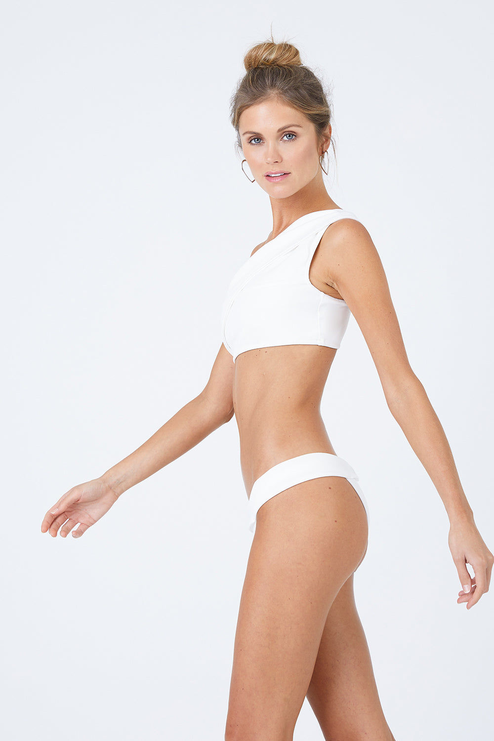 HAIGHT Maria One Shoulder Bikini Top - Off-White Bikini Top | Off-White |Haight Maria One Shoulder Bikini Top - Off-White Features:  One Shoulder style Full coverage bikini top Wide band and straps Pull over style Front View