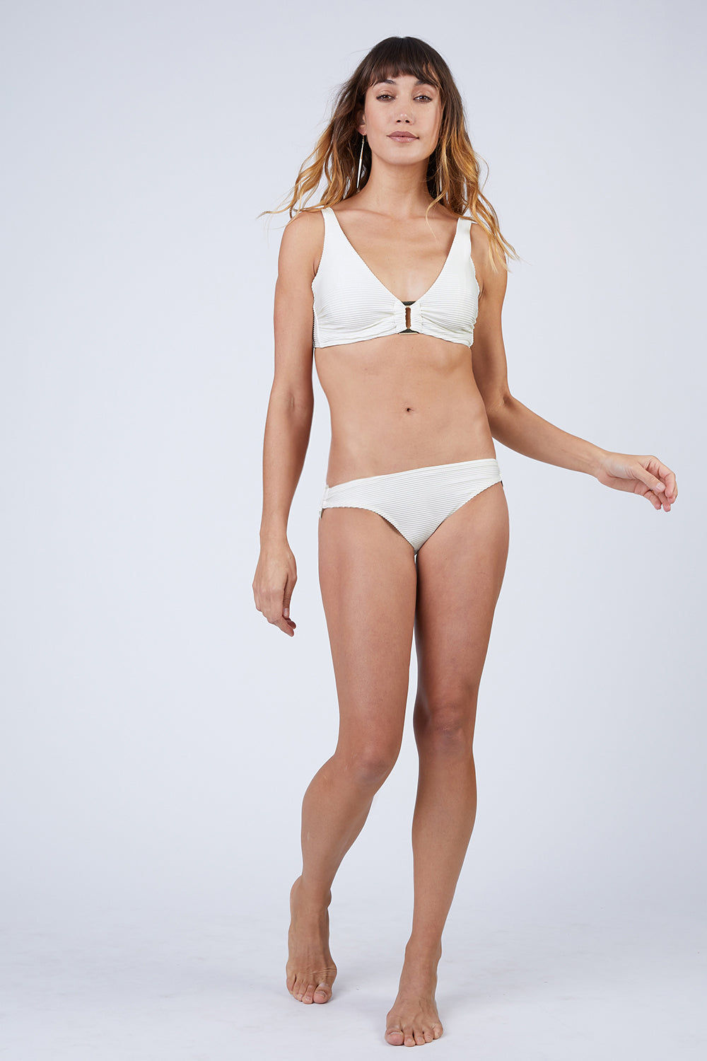 HEIDI KLEIN D-G Rectangle Bikini Top - Cream Bikini Top | Cream| heidi klein D-G Rectangle Bikini Top - Cream. Features:  Hardware at centre front and bone at side seam help with support and provide a luxurious finish. Underwired. The side seams and underarm coverage  provide support The bust is lined with sculpting fabric and the cradle is additionally lined in powermesh, thus making the top very supportive The bottom band ties are an adjustable tie back. The shoulder straps are adjustable in length and elasticated for comfort. Front View