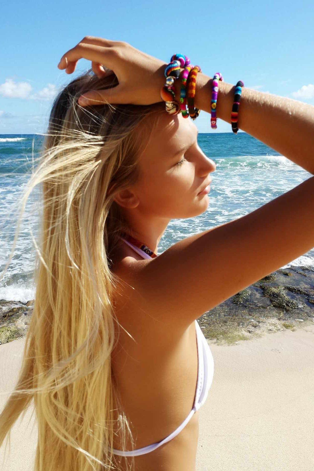 SOLKISSED Maja Bungee String Top - White Bikini Top   White Leanna