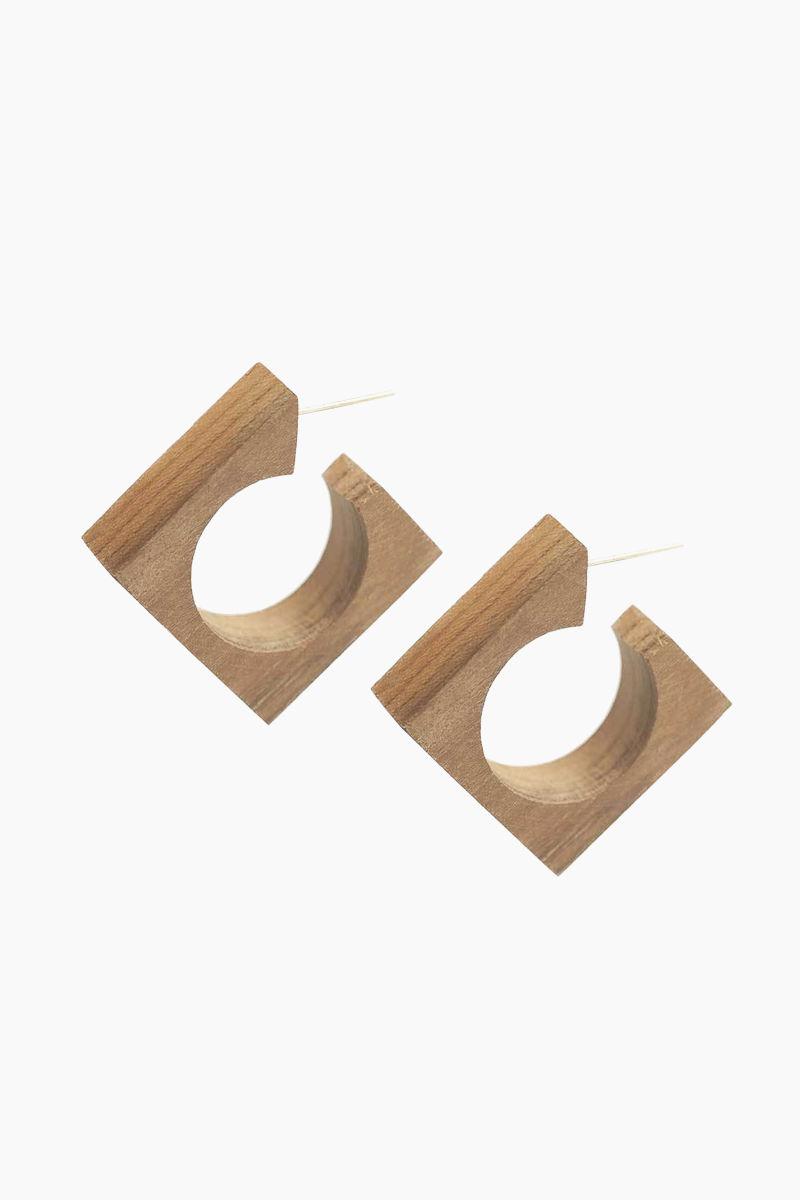 SOKO JEWELRY Arlie Squared Wood Hoop Earrings - Wood Jewelry | Wood| Soko Arlie Squared Wood Hoop - Wood Square shaped hoops  Handcrafted from olive wood in Kenya  Front View