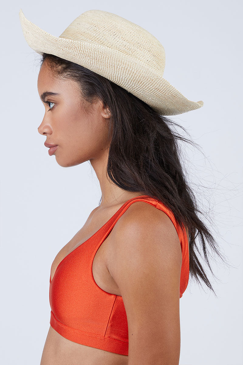 KAYU Cristobal Straw Sun Hat - Natural Hat | Natural| Kayu Cristobal Hat - Natural Loosely formed hat with large brim Made of Toquilla straw Handcrafted by skilled artisans in Ecuador Size Guide:   56-57 cm with adjustable band One size fits most Front View