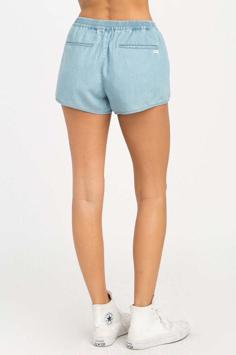 RVCA Coastal Elastic Shorts - Chambray Shorts | Chambray| RVCA Coastal Elastic Shorts - Chambray  Features:  Chambray soft shorts Low-rise silhouette Elastic waistband for a comfortable fit Seam pockets Curved hemline Back welt pockets 100% lyocell Back View