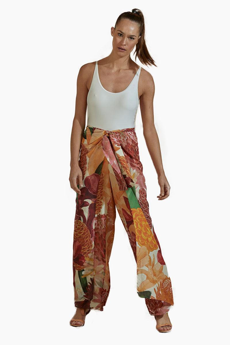 AGUA DE COCO Cotton Pants - Beach House Print Pants | Beach House Print| Agua De Coco Cotton Pants - Beach House Print High waist pants Flowy wide legs  Front View