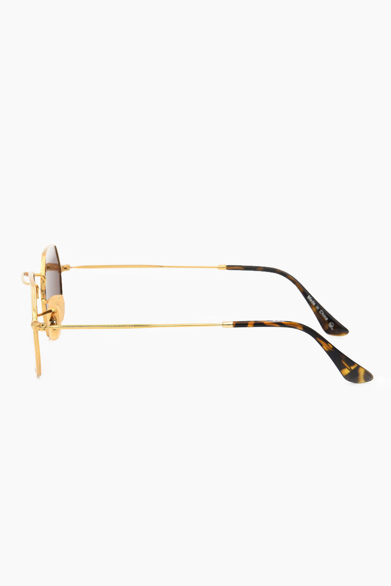 I-SEA Hudson Polarized Sunglasses - Gold/Purple Sunglasses | Gold/Purple| I-Sea Hudson Polarized Sunglasses - Gold/Purple Oval Sunglasses Frame Color: Gold Lens Color: Mirrored Purple Polarized 100% UV / UVB Protection Side View