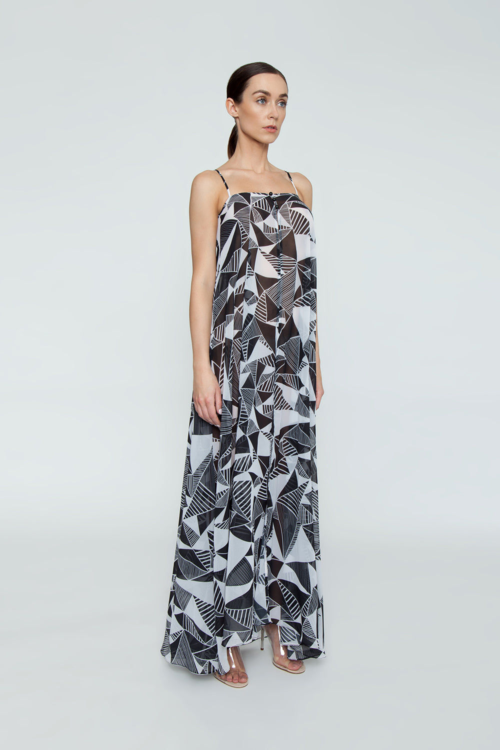 TRIYA Check Out Open Front Flowy Maxi Dress - Black & White Umbrellas Print Dress | Black & White Umbrellas Print | Triya Check Out Open Front Flowy Maxi Dress - Black & White Umbrellas Print Flowy dress Thin shoulder straps Front button detail  Front opening Front View