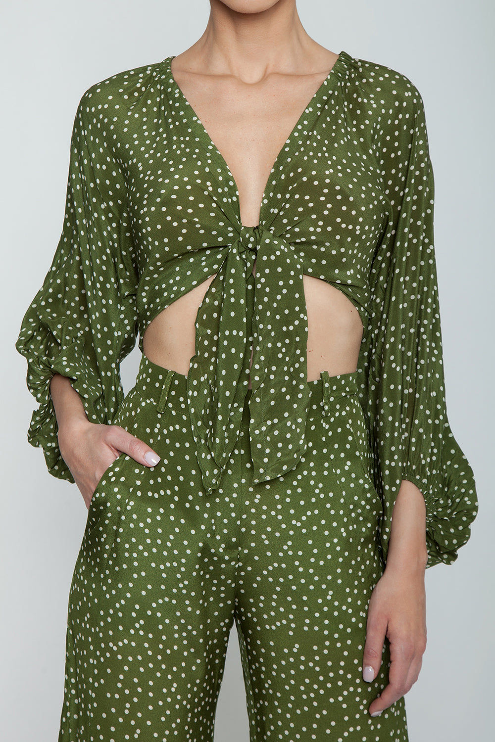 ADRIANA DEGREAS Silk Crepe De Chine Voluminous Sleeves Shirt - Mille Punti Green Dot Print Top   Mille Punti Green Dot Print  Adriana Degreas Silk Crepe De Chine Voluminous Sleeves Shirt - Mille Punti Green Dot Print Features:  Square neckline Pouffy 3/4 sleeves Cropped top Ties at the waist Detail View