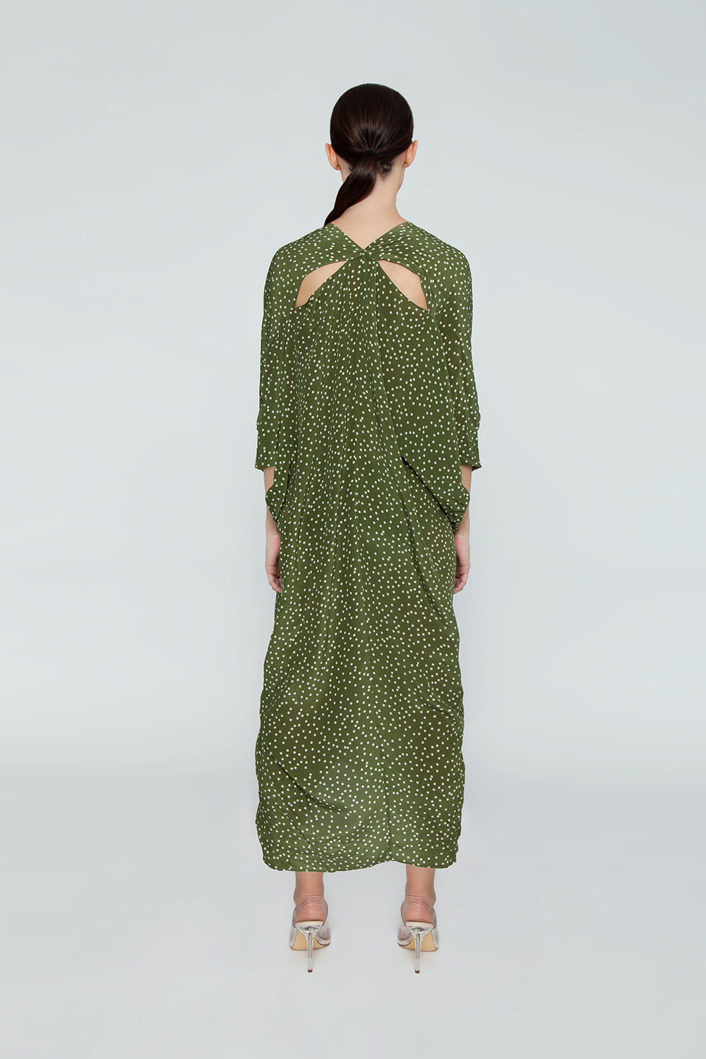 ADRIANA DEGREAS Silk Crepe De Chine Long Kaftan - Mille Punti Green Dot Print Cover Up | Mille Punti Green Dot Print| Adriana Degreas Silk Crepe De Chine Long Kaftan - Mille Punti Green Dot Print Long kaftan V neckline  Flowy sleeves  Cut out back detail  Back View