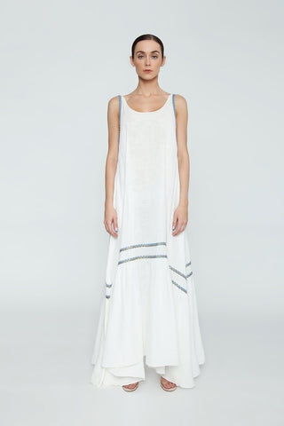 CLUBE BOSSA Bellevue Embroidered Maxi Dress - La Latina White Dress | La Latina White| Clube Bossa Bellevue Embroidered Maxi Dress - La Latina WhiteFeatures:  White Scoop neck long dress Spaghetti Straps Sleeveless design Front View