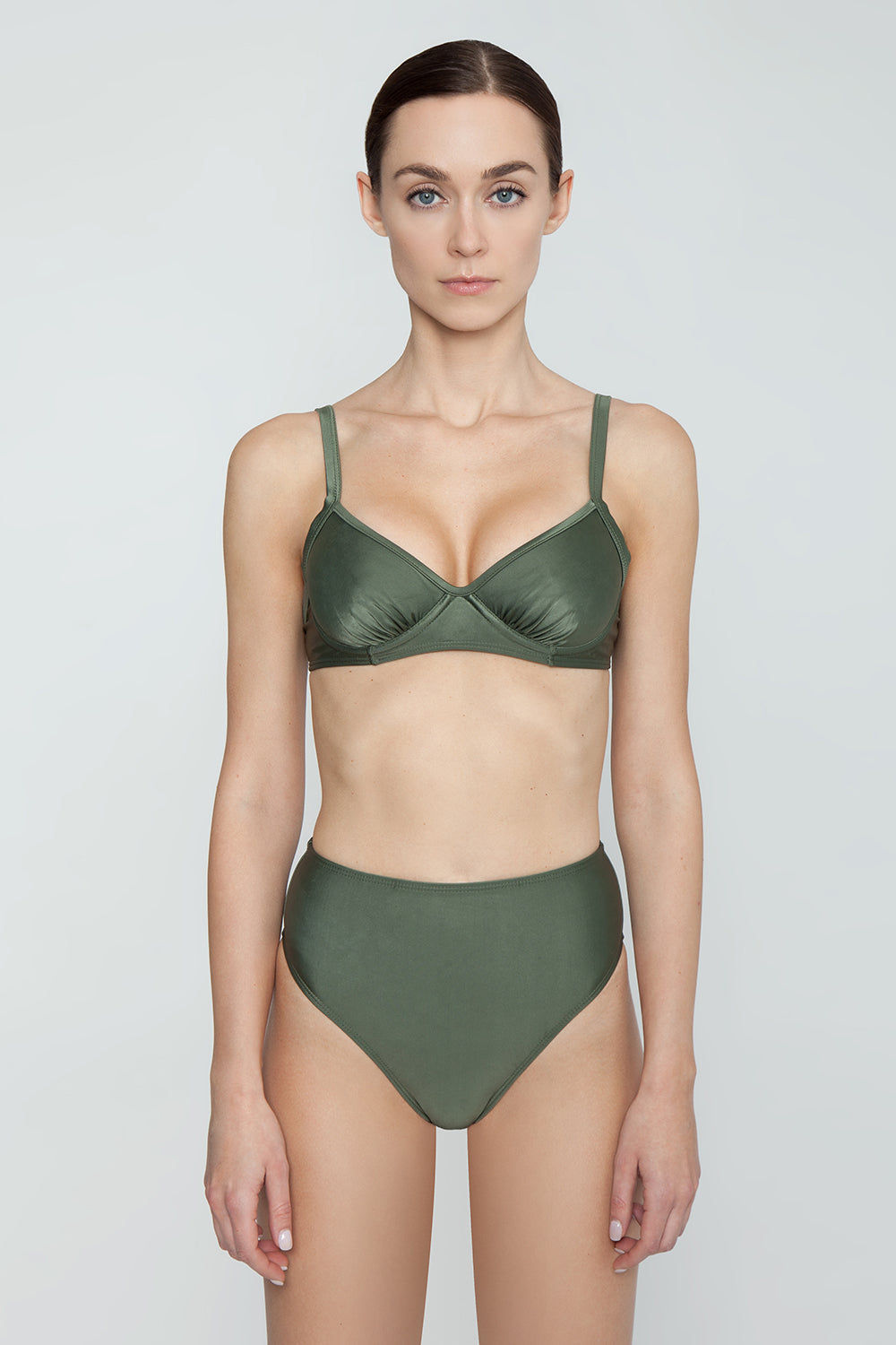 AGUA DE COCO Underwire Fixed Bikini Top - Olive Green Bikini Top | Olive Green| Agua De Coco Underwire Fixed Bikini Top - Olive Green Olive green bikini top Underwire detail Adjustable shoulder straps  Back tie closure Front View