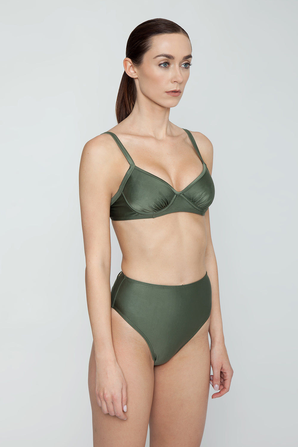 AGUA DE COCO Underwire Fixed Bikini Top - Olive Green Bikini Top | Olive Green| Agua De Coco Underwire Fixed Bikini Top - Olive Green Olive green bikini top Underwire detail Adjustable shoulder straps  Back tie closure Side View