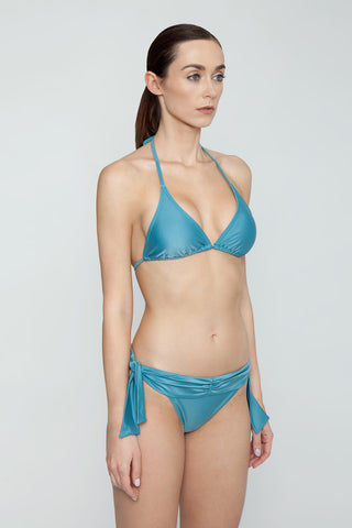 AGUA DE COCO Padded Halter Bikini Top - Teal Blue Bikini Top | Teal Blue| Agua De Coco Padded Halter Bikini Top - Teal Blue Teal blue bikini top Triangle Halter neck tie Back tie closure Padding Side View