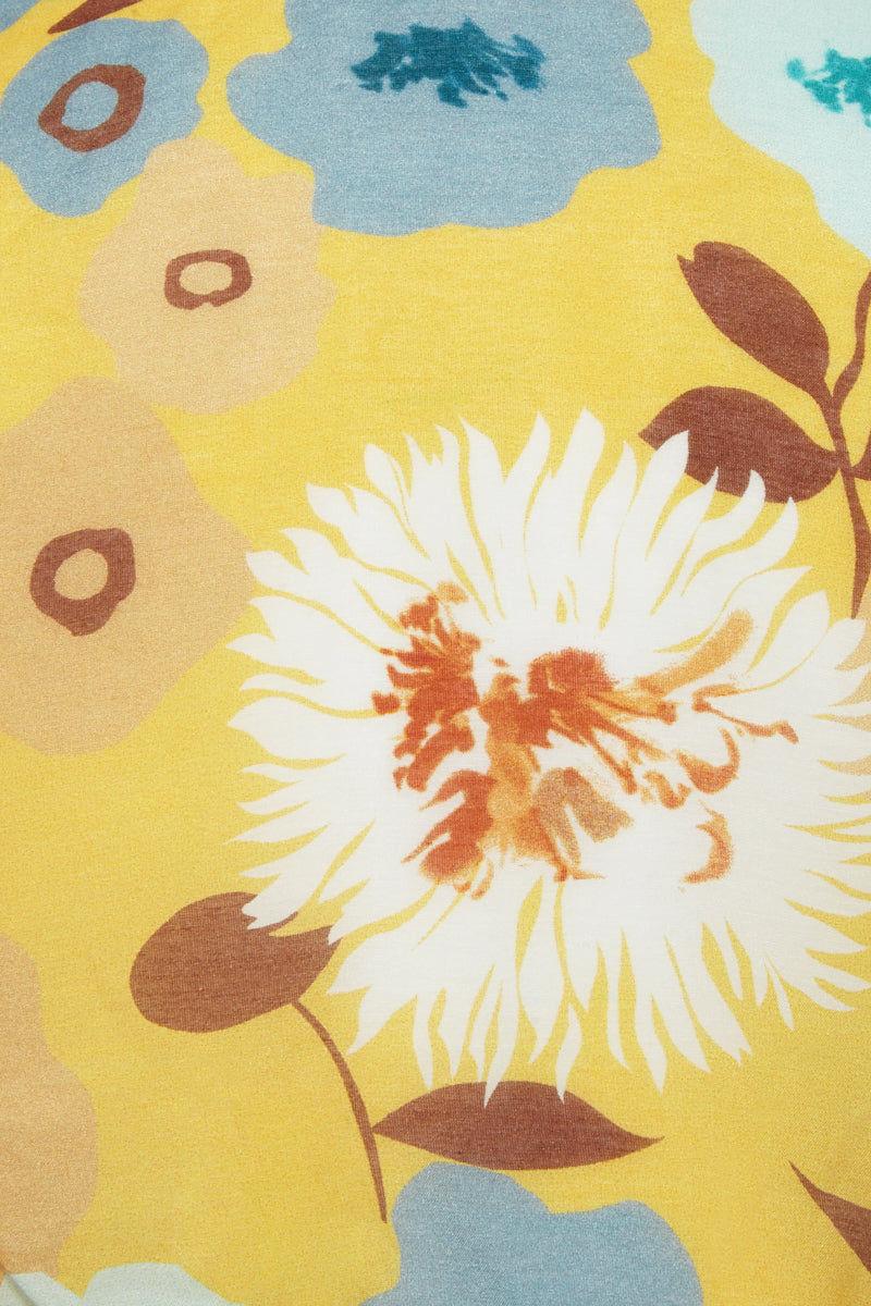 CLUBE BOSSA Benevita Off Shoulder Blouse - Cristal La Beija Floral Print Top | Cristal La Beija Floral Print|  CLUBE BOSSA Benevita Off Shoulder Blouse - Cristal La Beija Floral Print. Features:  V neckline Cropped off shoulder design Adjustable front tie Detail View