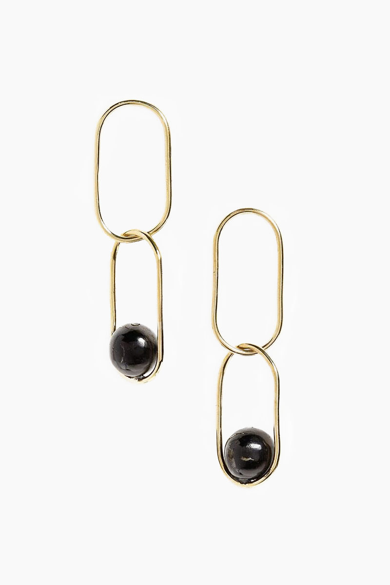 SOKO JEWELRY Large Linked Sawa Drop Earrings - Black Jewelry | Black| Soko Jewelry Large Linked Sawa Drop Earrings - Black Chain link drop earrings Recycled polished brass Handcrafted in Kenya  Front View