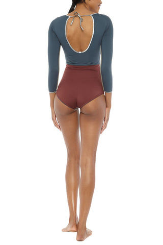 MYMARINI Reversible Wave Catches Shine One Piece One Piece | Grey/Wood| MYMARINI Reversible Wave Catches Shine One Piece