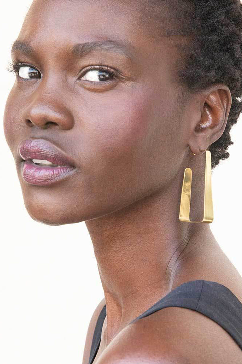 SOKO JEWELRY Raba Hoop Earrings - Brass Jewelry | Brass| Soko Jewelry Raba Hoop Earrings - Brass Chunky open ended block hoop earrings Recycled polished brass Handcrafted in Kenya Front View