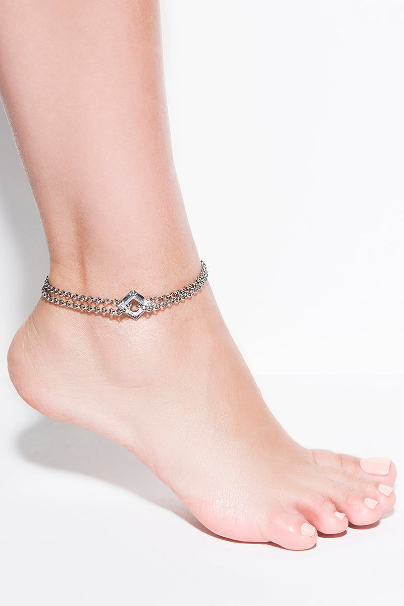 DYOSAH Shine In Silver Anklet Jewelry | Silver| Dyosah Shine In Silver Anklet Full View Authentic swarovski silver crystals High-end chains One size fits all adjustable extension Lobster clasp closure Chain extension links Handmade in Canada