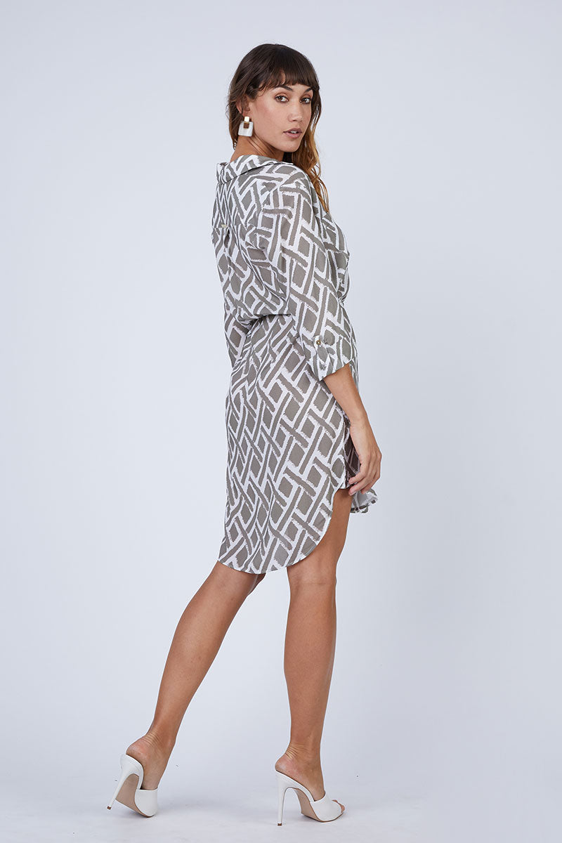 HEIDI KLEIN Relaxed Shirt Dress - Square Print Dress | Square Print| Heidi Klein Relaxed Shirt Dress - Square Print A rounded hem that dips at the back and a drawstring for an adjustable fit and a flattering silhouette. Neat fitting on the shoulders with slightly shaped side seams.   Sleeves can be worn long or tacked up with sleeve tabs for versatility. Side View