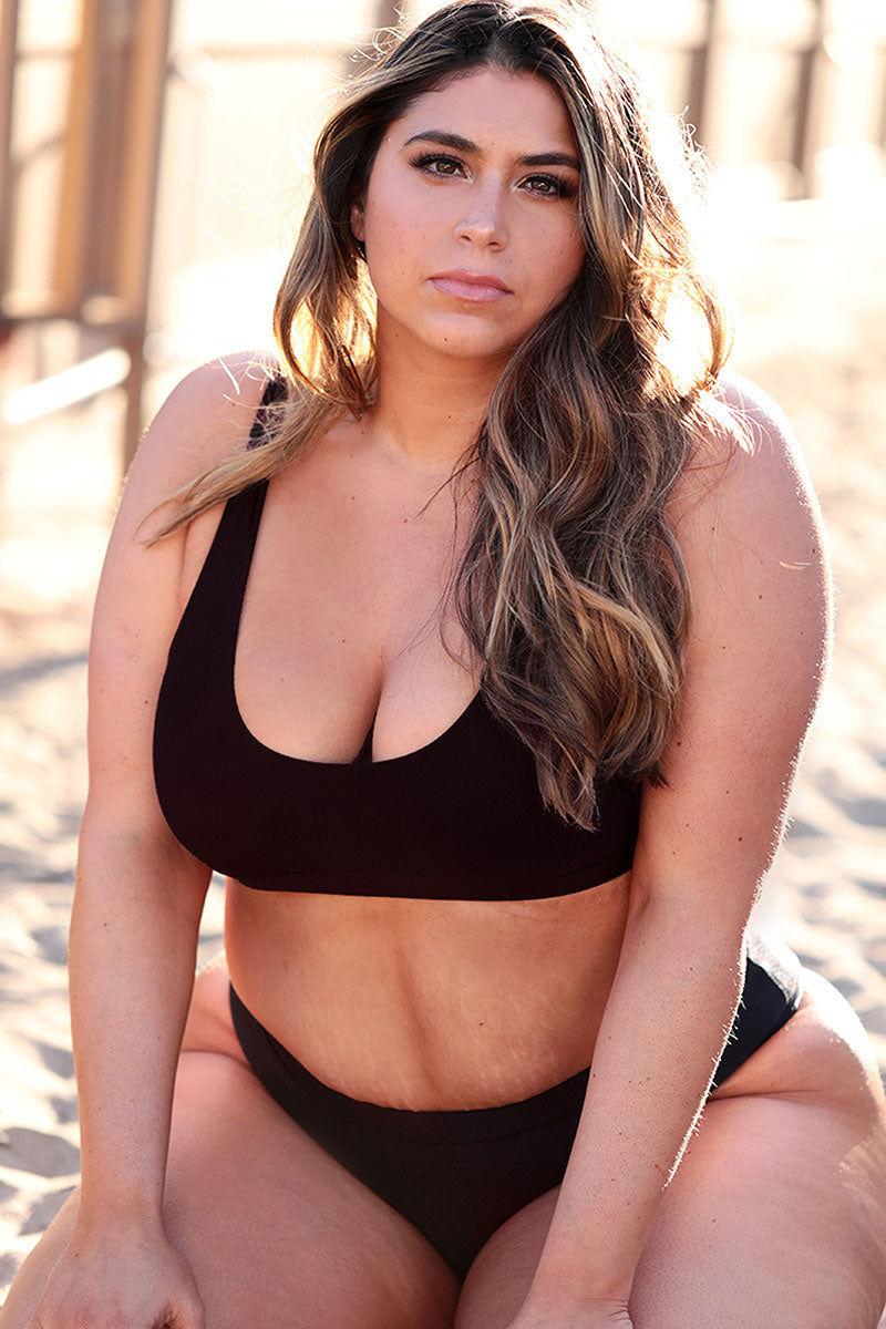 cea7465686 ... AXIL SWIM Ana Seamless Bikini Top (Curves) - Black Bikini Top
