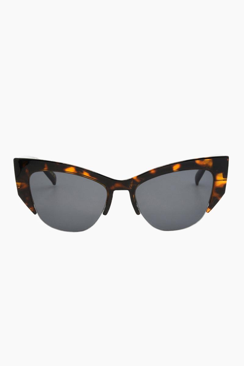 I-SEA Frankie Sunglasses - Tortoise Sunglasses | Tortoise| I-Sea Frankie Sunglasses - Tortoise Cat-Eyed Under Cut Sunglasses Frame Color: Tortoise Lens Color: Smoke   100% UV / UVB Protection Front View