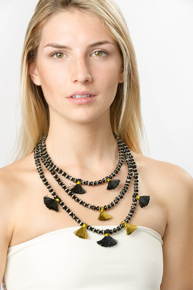 HAUS OF TOPPER Triple Strand Agate Necklace Jewelry | Black & White|