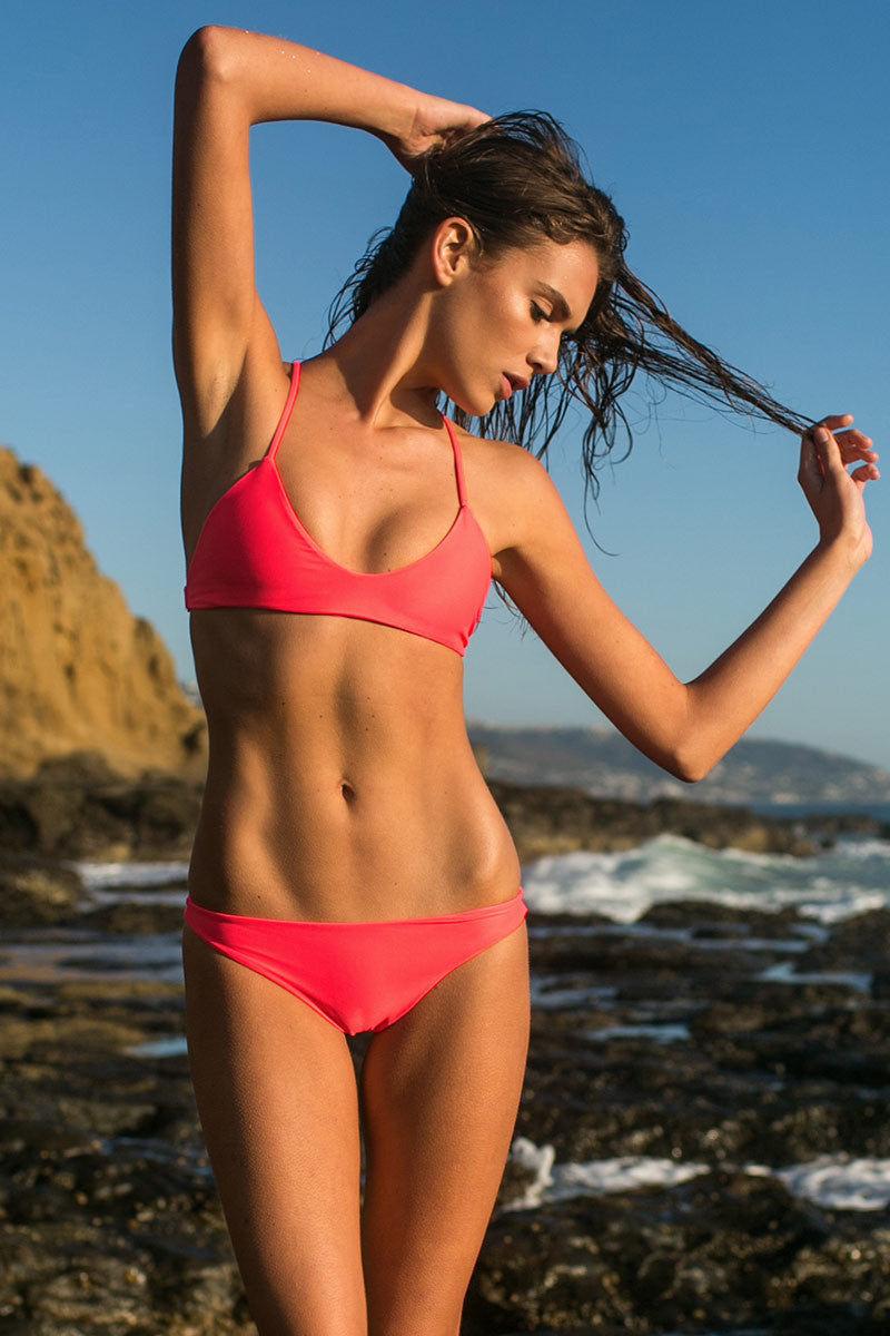 MIKOH Miyako Minimal Bikini Bottom - Tropical Pink Bikini Bottom | Tropical Pink| Mikoh Miyako Minimal Bikini Bottom - Tropical Pink Cheeky coverage Low rise Seamless Fully lined 80% Nylon, 20% Spandex Front View