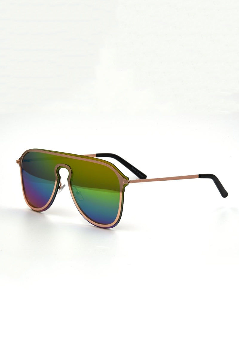 I-SEA Prism Sunglasses - Rainbow Mirror Sunglasses | Rainbow Mirror| I-Sea Prismn Sunglasses - Rainbow Mirror Oversized Aviator Sunglasses Frame Color: Gold Lens Color: Rainbow Mirror 100% UV / UVB Protection Side View