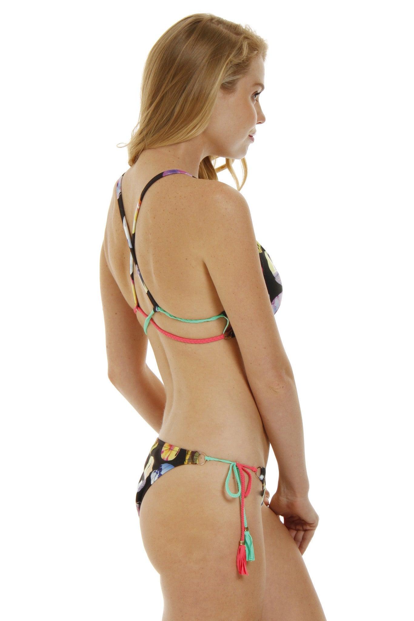 RAISINS Stringer Cheeky Bikini Bottom - Cali Coast Print Bikini Bottom | Cali Coast Print| Raisins Stringer Cheeky Bikini Bottom - Cali Coast Print. Side View. Side Ties. Adjustable Fit. Cheeky Coverage.