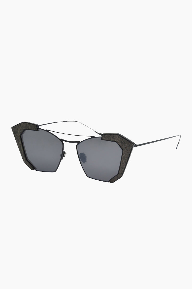 I-SEA Salty Arrow Sunglasses - Black Sunglasses | Black| I-Sea Salty Arrow Sunglasses - Black Cat-Eyed Under Cut Sunglasses Frame Color: Black Lens Color: Smoke   100% UV / UVB Protection Side View
