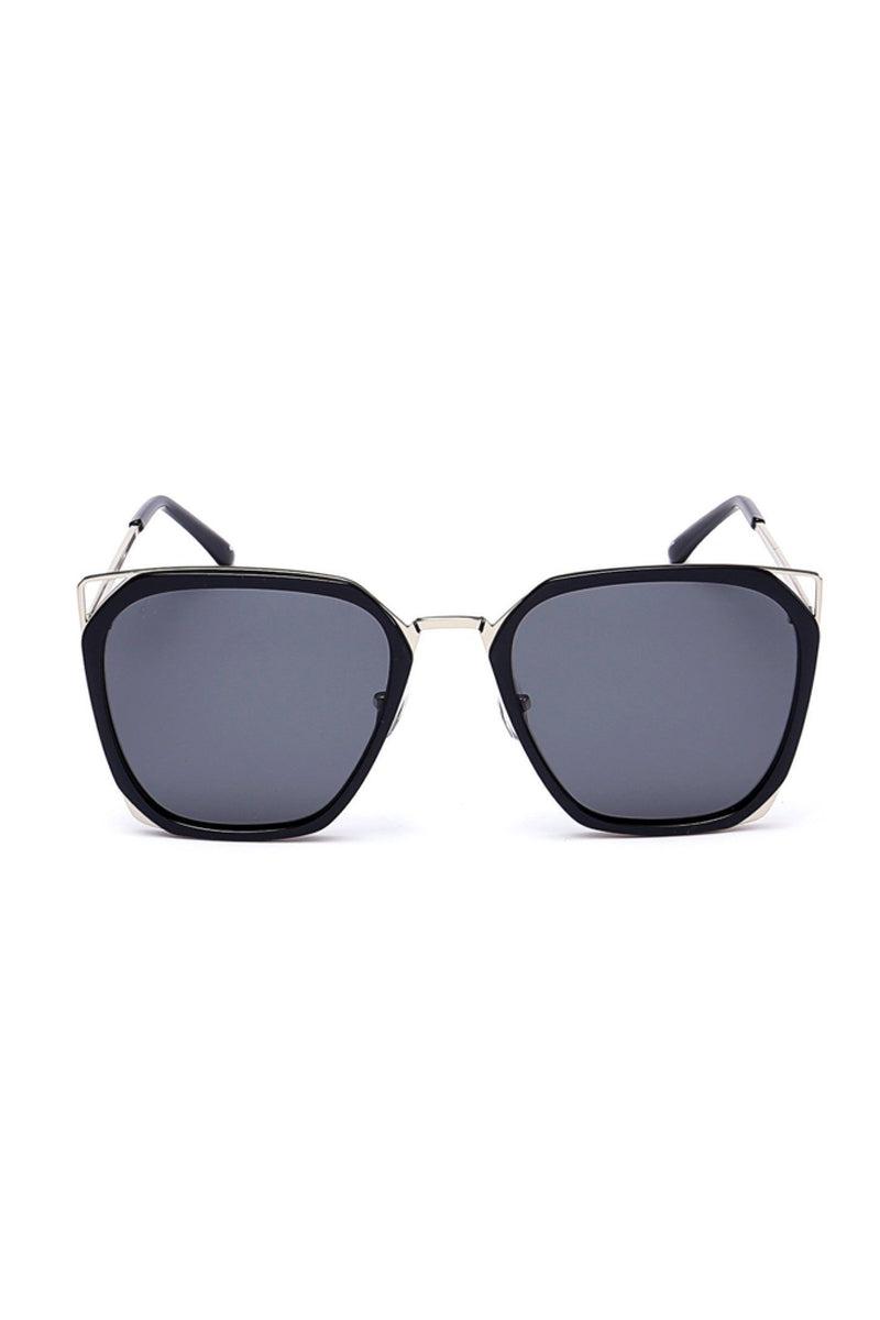 PRIVE REVAUX The Queen - Black Sunglasses   Black  Prive Revaux The Queen- Black