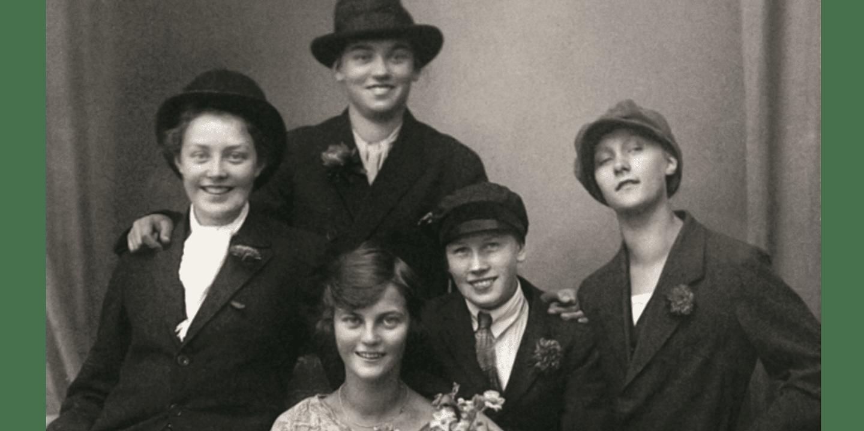 Astrid och med vänner 1924