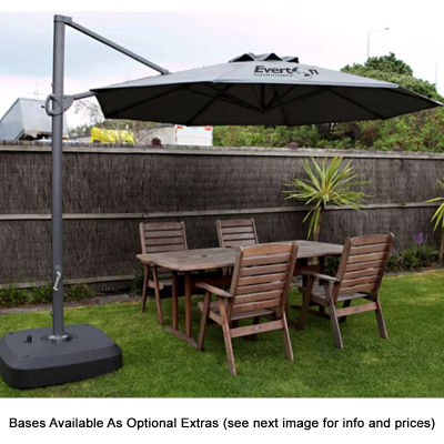 SP10CP Cantilever 3.3m Polyester Branded Market Umbrellas With Aluminium Frame