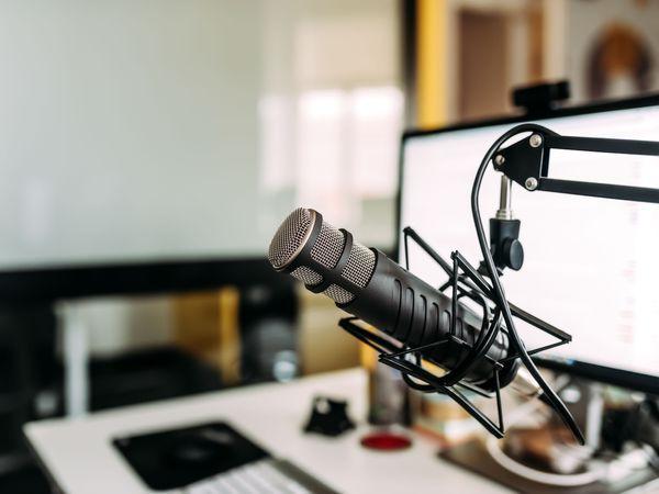 Welches Mikrofon 🎙soll ich für Streaming, YouTube und Podcasting verwenden?
