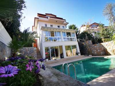 Private Detached Villa - Ovacik, Fethiye - Large gardens with lots of privacy