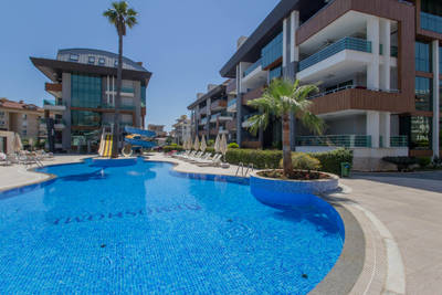 Alanya Luxury 2-Bed Apartment - Oba