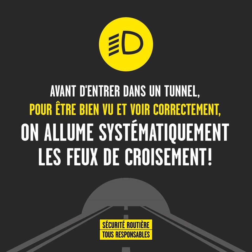 Conduire à l'abord et dans la traves d'ouvrages routiers tels que les tunnels, les ponts ….jpg