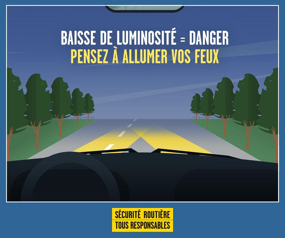 Conduire quand l'adhérence et la visibilité sont réduites.png