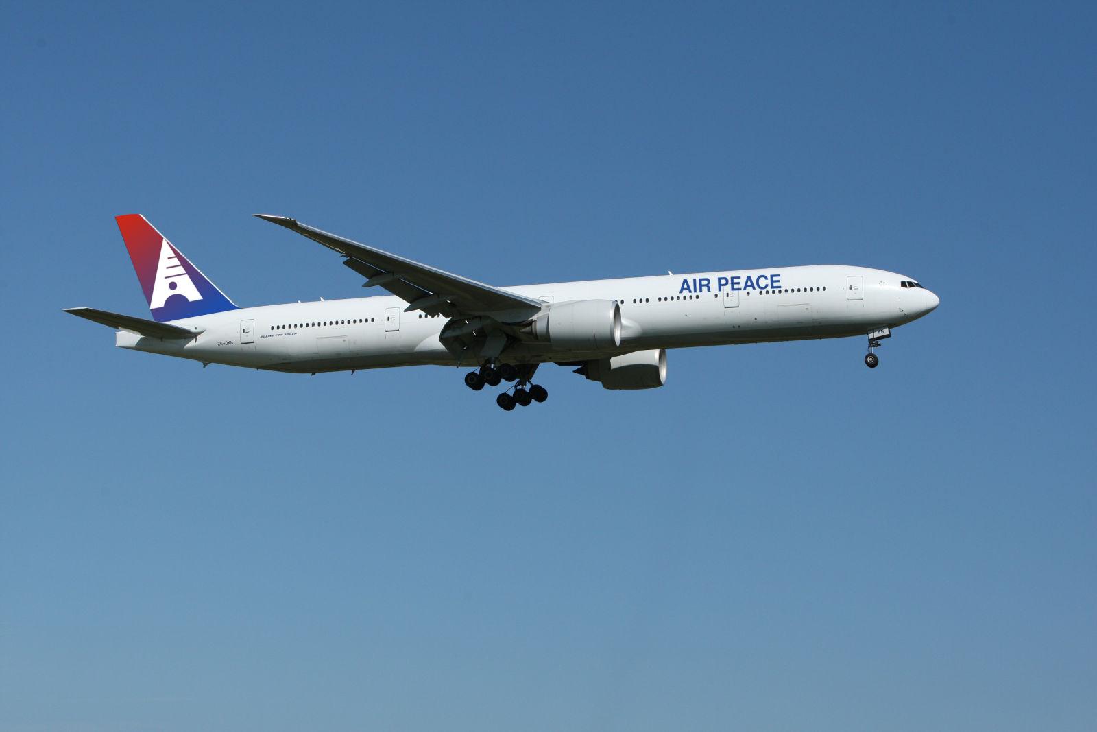 airplane_in_air