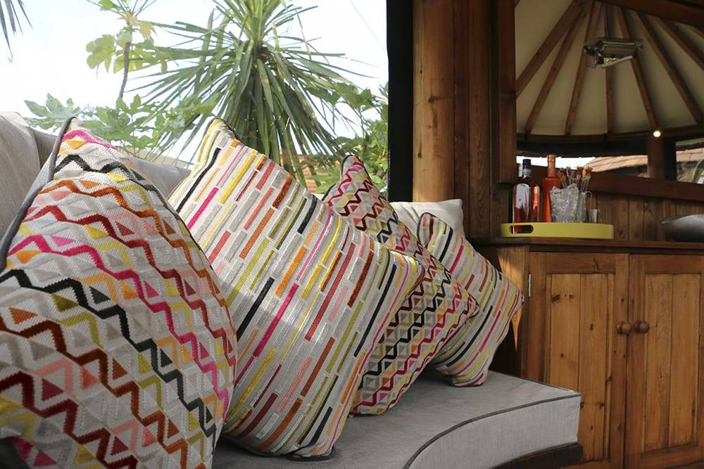 Breeze House Oval Safari