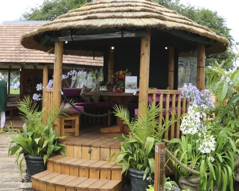 Breeze House Raised Safari