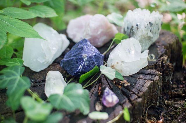 crystals b8309