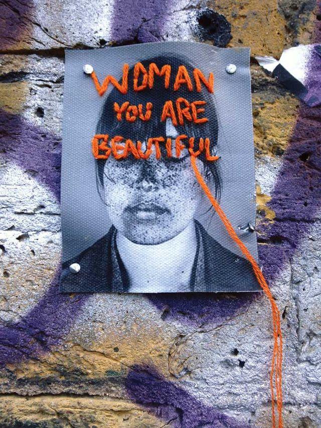 womanwall 8ba8b