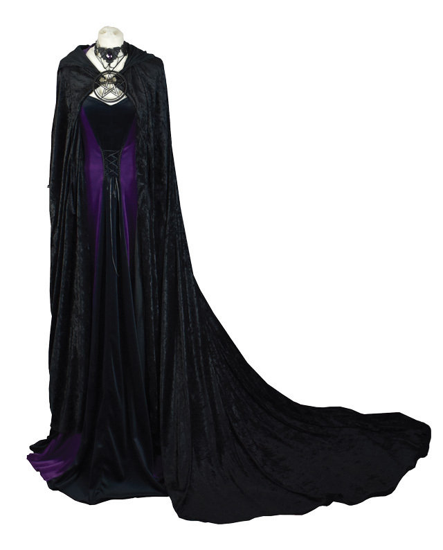 morticia requiem cloak copy 548d5